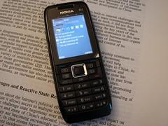 Unboxing Nokia E51 - 6