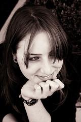 ! (cassijones.) Tags: portrait bunny paran girl smile brasil sepia canon retrato retro curitiba honey blonde sorriso bane loira spia hane xti 400d el cassijones elo top20femmes