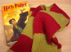 Harry Potter Gryffindor scarf 01