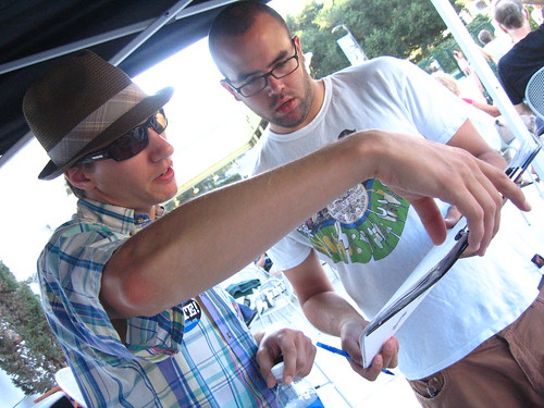 HeadCount volunteer registering a voter