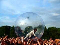 Flaming Lips  Wayne Coyne in the Zorb (World of Good) Tags: uk england music london love smiling rock happy photography photo concert community flickr shot audience image photos britain wayne gig crowd group band content images pop lips photographs together photograph license indie londres trust bubble gigs hydepark fans londra flaminglips flaming leadsinger lontoo coyne waynecoyne zorb  concertphotos londyn musicphotos worldofgood rondon wirelessfestival    londona inabubble photographof  timrich lesleykaton rndn londhno lndn