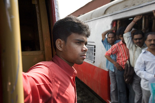 Mumbai Trains: 8 Million Passengers a Day