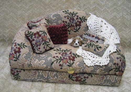 Old Fashioned Sofa Box