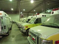 Ambulance assembly hall (Kim D. S.) Tags: auto kingdom ambulance saudi arabia firefighter paramedic ems feuerwehr rettungsdienst firebrigade fahrzeuge arabien blaulicht 998