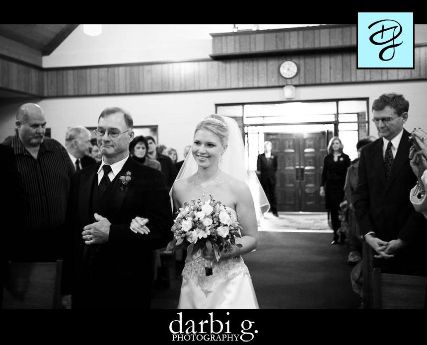10Darbi G Photography wedding photographer missouri-aislewalk