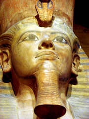 Tutankhamun Statue: Facial Details (StGrundy) Tags: blue sculpture orange usa brown chicago colors face statue museum golden illinois kingtut ancient sony egypt egyptian historical crown universityofchicago frontal royalty colossal orientalinstitute 1930 tutankhamun medinethabu excavated headpiece colosus dsch2 superhearts platinumheartaward sciencechicago