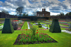 After the rain.. at Hampton Court Palace (5ERG10) Tags: uk pink flowers blue england sky green london sergio grass clouds photoshop garden nikon palace surrey east handheld hamptoncourt hdr highdynamicrange molesey photomatix d80 nikkor18135mm amiti 5erg10 sergioamiti