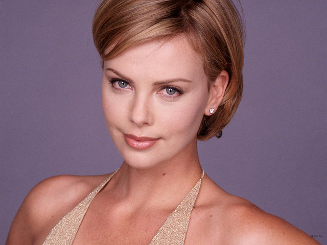charlize-theron-1600x1200-18513 by sudarshannus
