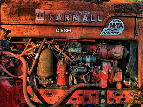 Farmall Super M-TA DieselFarmall Logo Wallpaper