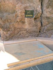 cat grave memorials