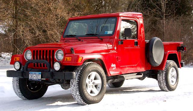 winter red snow ny newyork cold hardtop truck diy amazing mod conversion jeep offroad oneofakind pickup wip retro onlyone custom build modification homebrew rare tj gladiator wrangler scrambler amazingjeep retrowrangler jeffscherb