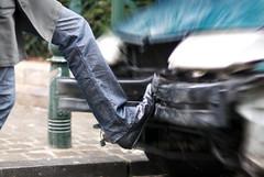 Don't play with Phalae... (janbat) Tags: street car foot nikon belgium belgique leg 85mm bruxelles voiture d200 nikkor f18 pied rue jambe privatejoke phalae jbaudebert tasunproblème