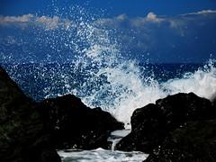 Il sublime e la paura (CrudoMania) Tags: sea clouds nuvole mare colore deep silouette cielo azzurro calabria controluce libert bicicletta scogli contrasti abbandono tuffi ombrellone luminanza