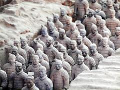 [フリー画像] [人工風景] [オブジェ]  [彫刻/彫像] [兵馬俑] [テラコッタ・ウォリア] [中国風景] [世界遺産/ユネスコ]    [フリー素材]