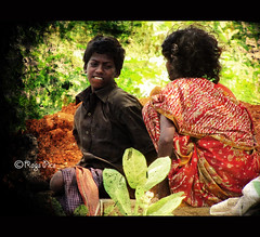 Poverty... (Ragavendran / Rags) Tags: poverty life india canon streetlife hardlife childpoverty sx20is ragavendran