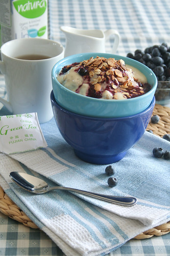 Blueberry Cobbler Oatmeal (and other oatmeal ideas) Warm Cereal Oatmeal breakfast