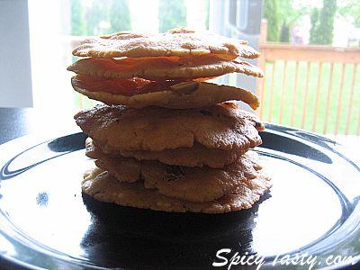 Thattai – Rice & Peanut Savory Snack