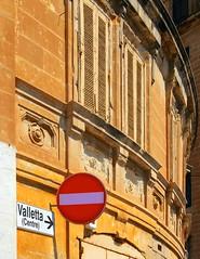 Valletta (Centre)-> (albireo 2006) Tags: red sign yellow architecture centre malta noentry curve valletta v18 ashotadayorso valletta2018