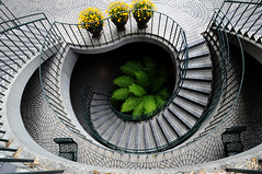 well (telmo32) Tags: sf sanfrancisco california city urban architecture stairs buildings contemporary creativecommons bayarea escaleras embarcaderocenter awesomeshot blueribbonwinner linesandcurves supershot outstandingshots flickrsbest sfchronicle96hrs mywinners ultimateshot theperfectphotographer goldstaraward thebestpicturegallery flickrlovers telmo32 dwcffurban