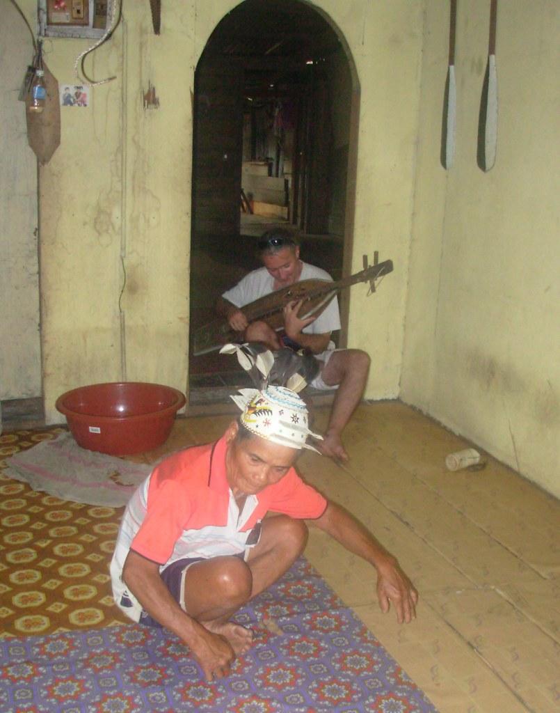 Sarawak-Belaga-LHouses (239)