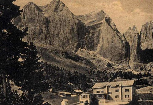 Rifugio Gardeccia1950