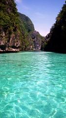 Big Lagoon, El Nido (Aucunale TNT) Tags: beautiful philippines places most biglagoon elnido photophilippines photosphilippines philippinespictures philippinespicture picturesphilippines picturephilippines filipinopics mostbeautifulplaceinphilippines