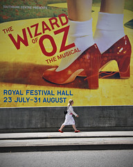 Dorothy (Jon Cartwright) Tags: london dorothy nikon southbank musical ruby nikkor wizardofoz slippers royalfestivalhall waterloobridge d300 18200vr