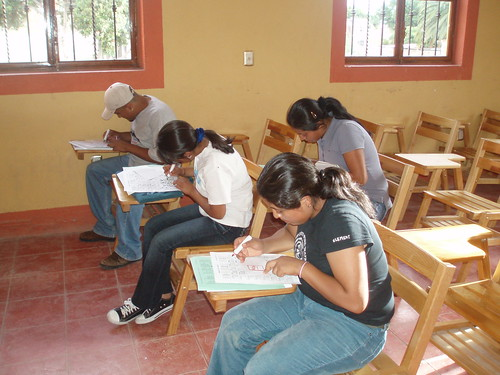 Teotitlan English class 4