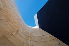 curvas y rectas II (miguel68) Tags: espaa azul cielo euskadi vizcaya basquecountry paisvasco frankogehry lineas curvas guggenheimbilbao supershot goldcruzadas creattivit