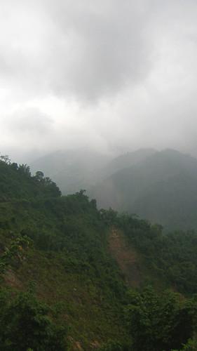 03.崩壁與層層的山脈