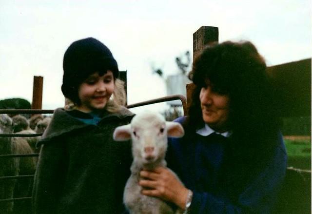 Rikki-Lee, Mum & a lamb