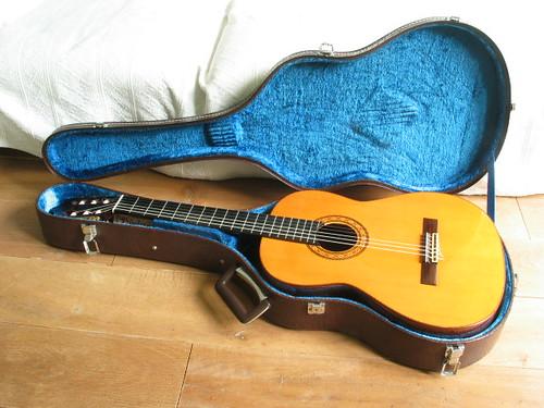 s. yairi classical guitar nr. 950 1977