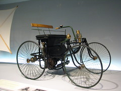 1889 - Daimler Motor-Quadricycle