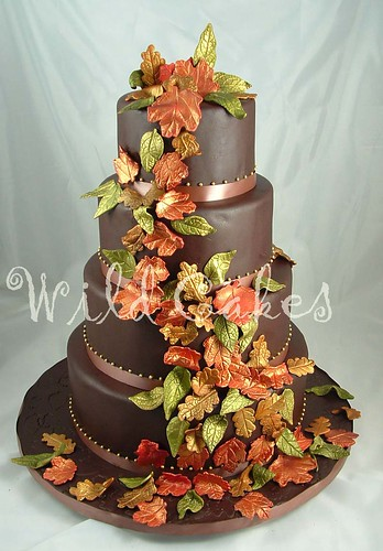 My Wedding Place Autumn Leaves Cake