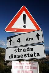 Strada dissestra (Mazda6 (Tor)) Tags: de strada 4 km divieto fermata dissestata assoluto