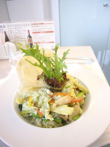 菠菜奶油海鮮燉飯($420+10%)