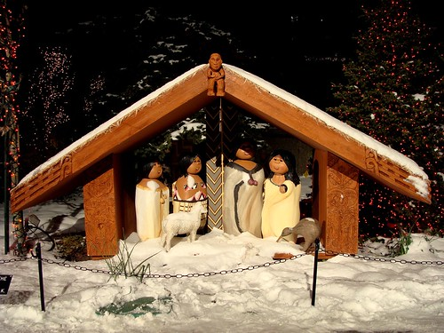 polynesian doll nativity
