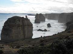 Looking at 12 Apostles towards Port Campbell (Meryl Page) Tags: australia uluru 12apostles ayersrock