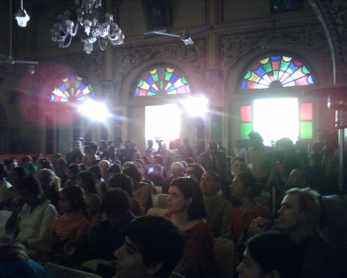 Audience gathers for Tina Brown's discussion with Tehelka's Tarun Tejpal at the Jaipur Literature Festival