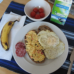 Today's lunch. (Harry -[ The Travel ]- Marmot) Tags: food holland home netherlands kitchen bread lunch milk salad yummy tomatoes egg nederland sausage banana fried today seefood jummie amsterdamnoord ymmie