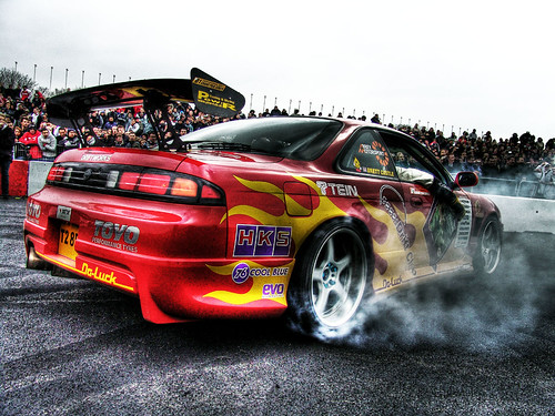 Supreme Drifting -Drift your car on the roads lettering and you resolve...