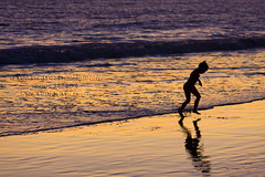 Young Beach Visitor 9640.4 (Kurt Preissler) Tags: sunset people beach silhouette pier surf child silhouettes pch highway1 pacificocean ventura venturacounty us101 pacificcoasthighway canoneos5d kurtpreissler preisslermediaservices