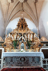 Parrocchiale di Sant'Ambrogio (altare maggiore) - Monserrato (Pro Loco Monserrato) Tags: sardegna teatro santambrogio monserrato concorsi rassegna