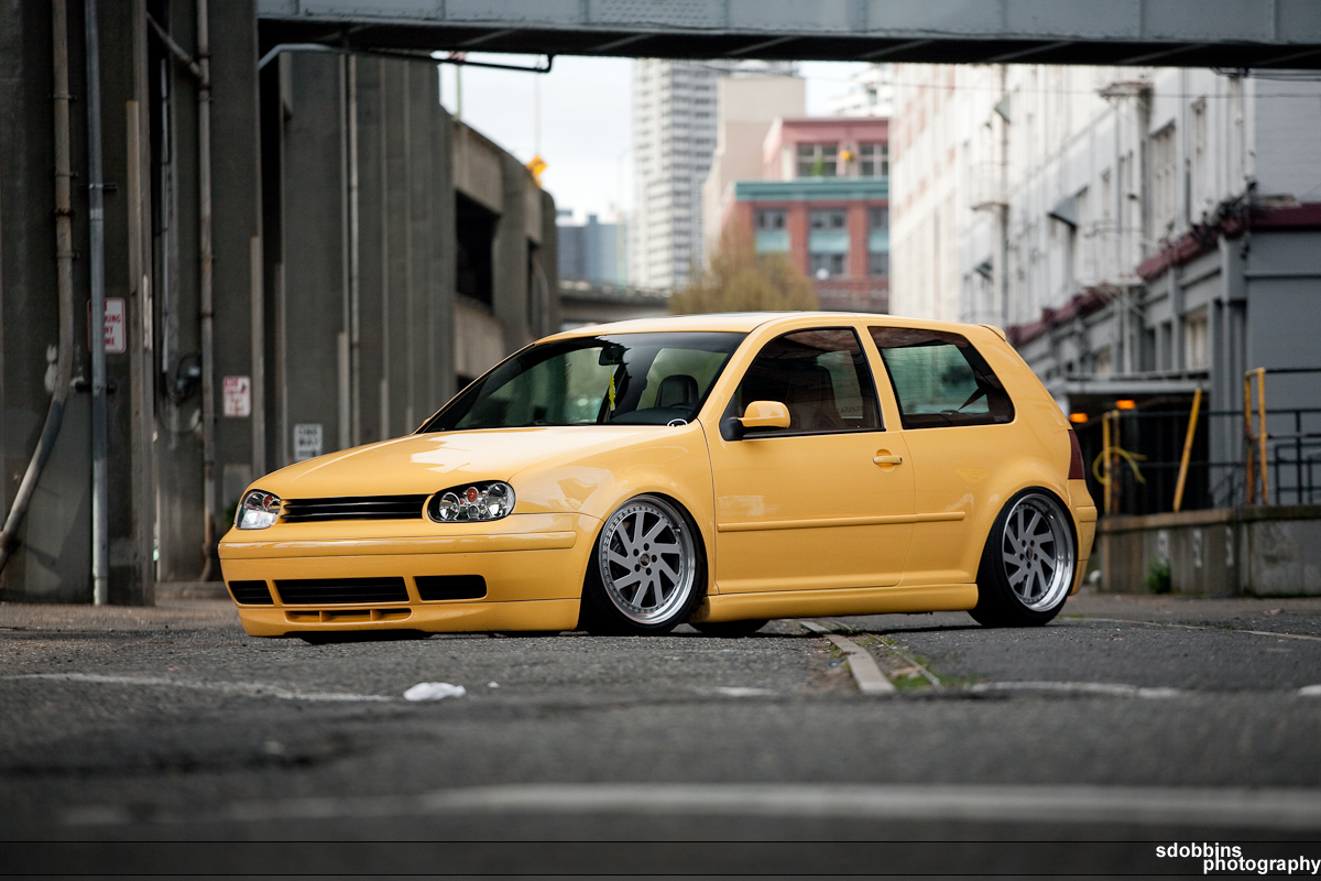 Travy's 2003 VW GTI 20th AE on