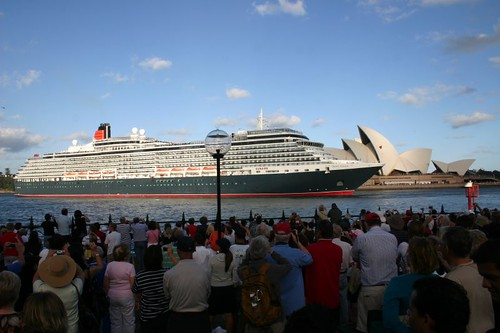The monster cruise liner Queen Victoria and the Sydney Opera House...