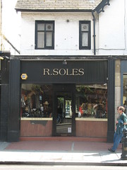 R.Soles (John.P.) Tags: uk london chelsea boots guesswherelondon kingsroad rsoles gwl