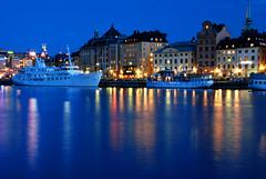 Stockholm (Globalviewfinder) Tags: longexposure trip travel summer vacation sun reflection water boat europe break sweden stockholm weekend slowexposure scandanavia nikond80 colourartaward backpackerholiday
