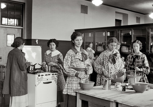 High School Cooking Class, 1935