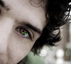 Charlie's eye (Illusiontom) Tags: portrait eye face hair nikon dof sguardo desaturation di dio vista carlo nikkor ritratto occhio capelli 1870 faccia pupilla d80 inquadratura illusiontom carlodidio