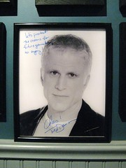 Ted Danson likes the aquarium